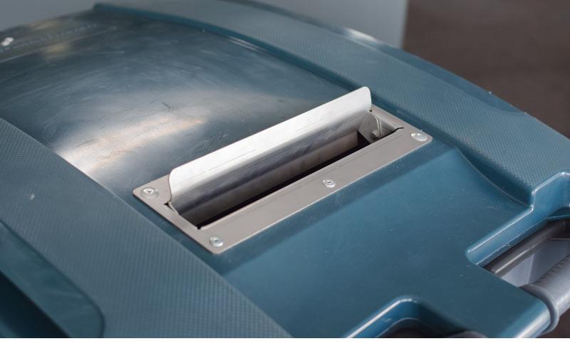 deksel-van-papiercontainer-bevat-brievenbus-sleuf