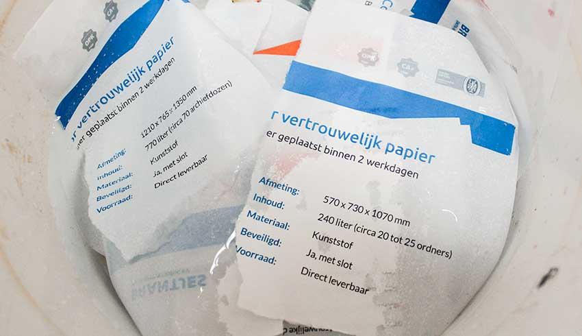 documenten-oplossen-in-water-vernietigen